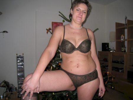 Cherche un queutard pour un plan cul pour femme infidèle sur le 92