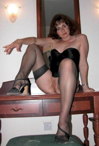 Femme mature réellement romantique recherche un mec réservé