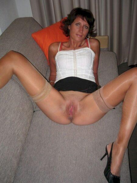 Femme sexy très motivée cherche un mec réservé