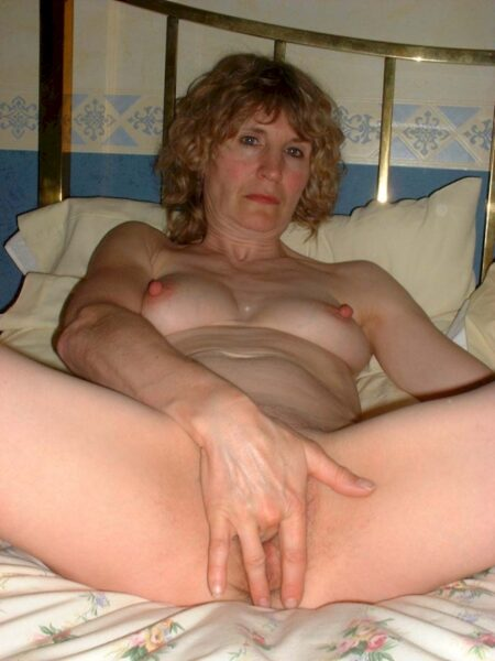 Je recherche un homme réservé pour un plan sexe sur le Puy-de-Dôme